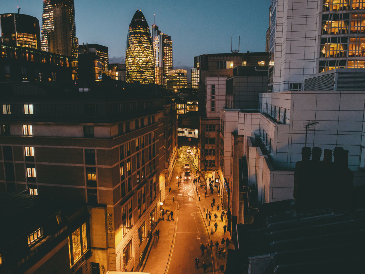 London City - GettyImages-699158147_medium.jpg